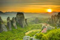 Meteora Sunset Small-Group Hot-Air Balloon Ride from Kalambaka