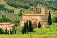 Montalcino and Abbazia di Sant'Antimo Day Trip from Siena including Wine-Tasting