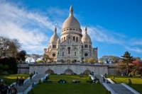 Montmartre Walking Tour: Belle Epoque Street Theater with an Actor