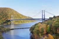 New York Fall Foliage Cruise Through the Hudson Valley
