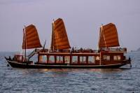 Nha Trang Sunset Cocktails and Dinner Cruise