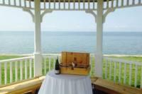 Niagara-on-the-Lake Wine Tasting and Lakefront Vineyard Picnic