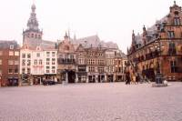 Nijmegen Private Guided Tour and Streetmakers Towers