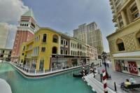 Outlet Shopping Viaport Venezia Mall