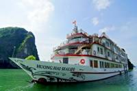 Overnight Halong Bay and Bai Tu Long Bay Cruise