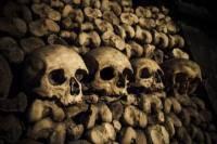 Paris Catacombs: Skip-The-Line Small Group Tour