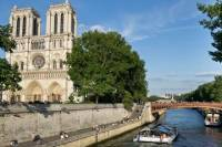Paris City Tour and Louvre with Interactive Audio guide