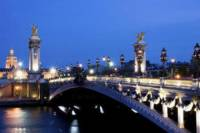 Paris Night Tour Eiffel Dinner Seine Cruise (Dinner & Drink Included) with Japanese Guide
