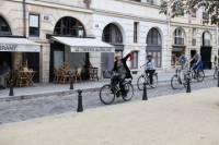 Paris Sightseeing, Marais and Secrets Bike Tour
