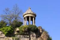 Paris Walking Tour: Parc des Buttes-Chaumont