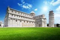 Pisa and Lucca Semi-Independent Tour by Bus from Florence
