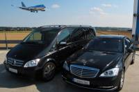 Prague Airport Shuttle: Private Departure Transfer in Mercedes-Benz Vehicle