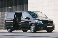 Private Airport Round-Trip Business Transfer: Amsterdam Schiphol Airport to Hotel plus Return Trip