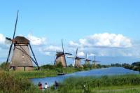Private Day Tour to Kinderdijk Windmills, Oudewater, Gouda And Schoonhoven from Amsterdam