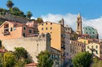 Private Day Trip: Italian Markets by Minivan from Nice