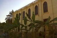 Private Guided Day-Tour to Giza Pyramids, Egyptian Museum and Ben Ezra Synagogue in Cairo