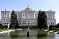 Private Guided Half Day City Tour in Madrid with Private Vehicle and Private Chauffeur