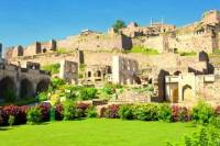 Private Half-Day Tour: Golkonda Fort and Qutb Shahi Tombs from Hyderabad
