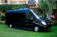 Private Luxury Arrival Transfer: Cancun Airport to Hotel