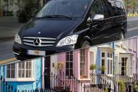 Private Minivan Arrival Transfer: London Gatwick Airport to Central London