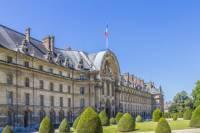 Private Napoleon Tour from Paris: Château de Malmaison and Les Invalides, Including Lunch