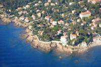 Private One Way or Round-Trip Transfer from Saint-Raphael to Les Issambres