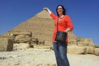 Private Pyramid Tour of Giza, Saqqara and Dahshur with Guide from Cairo including Airport Transfers