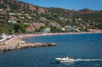 Private Round-Trip Transfer from Saint-Raphael Train Station to Cogolin