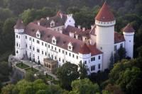 Private Round-Trip Transfer to Konopiste Castle from Prague