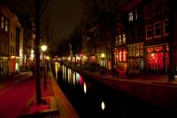 Private Tour: Amsterdam Old Town and Red Light District Walking Tour