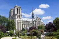 Private Tour: Notre Dame Cathedral, the Sainte Chapelle and Musée National du Moyen Age