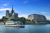 Private Tour: Paris City Sightseeing and Seine River Cruise with Lunch at the Eiffel Tower