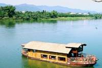 Private Tour: Perfume River Cruise and Thuy Bieu Village Biking in Hue
