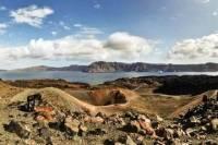 Private Tour: Santorini Volcano Trip Including Hot Springs