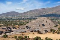 Private Tour: Teotihuacan Pyramids Day Trip from Mexico City with an Archeologist