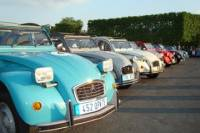 Private Tour: Van Gogh Impressionism and Chateau d'Auvers-Sur-Oise from Paris by 2CV Car