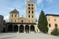 Ripoll Area Romanesque Art Private Day Tour from Barcelona Including Catalan Dinner
