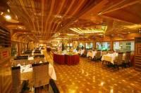 Rustar Luxury Dinner Cruise at Creek
