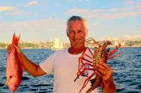 Sailing Tour Including Lunch with Lobster in Salvador