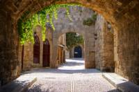 San Gimignano and Monteriggioni Wine Tour from Florence