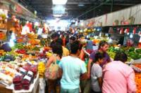 Santiago Walking Tour: Food Tastings and Markets Including Lunch