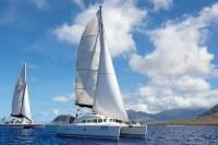 Semi-Private Tour: Waikiki Luxury Yacht Snorkel and Sail