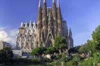 Skip the Line: Barcelona Sagrada Familia Tour with a German-Speaking Guide