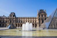 Skip-the-Line: Louvre Museum and Musée d'Orsay Small-Group Tour
