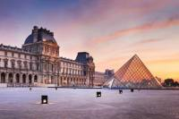 Skip the Line Louvre Must-See Introduction Small Group Museum Tour