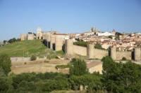 Skip the Line: Segovia, Ávila and El Escorial Monastery Day Trip from Madrid