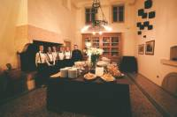 Small-Group Cooking Class and Villa Mosconi Bertani Estate Visit
