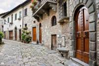 Small-Group Day Trip to Castellina and Greve in Chianti from Siena