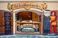 Small-Group Food and Beer Tour in Prague
