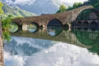 Small-Group Half-Day Trip to Garfagnana and Barga from Lucca